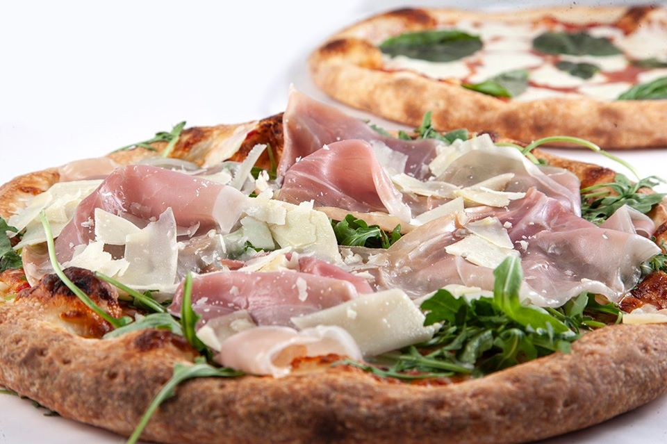 artisan pizza in Van Nuys